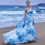 NOVARESE(ノバレーゼ)●ノバレーゼグループ:【インポート×ブルー】注目度No.1!波のようなデザイン×ティアードで洗練花嫁に