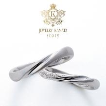 JEWELRY KAMATA story_重ね付けも思いのまま、指先を飾る王道の曲線美 Julian ~永続する愛情~
