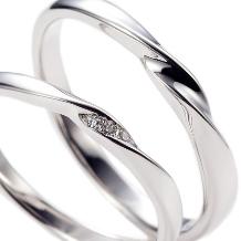 JEWELRY KAMATA(ジュエリーかまた):シンプルになりすぎず、ポイントで入ったダイヤが素敵 ミルテ