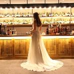 心斎橋ライム アクアリウムダイニング:ドレスが綺麗に写る空間作りをしています*
