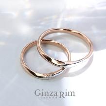 Ginza Rim/銀座リム:【銀座リム/カーリー】ひと粒ダイヤが潔い大人の洗練リング