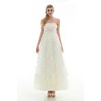 PULIRE(プリーレ):海外Wの持ち込みもOK!マキシ丈で浜辺も歩きやすい&レースがかわいい白ドレス
