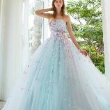 Bridal HIRO(ブライダル ヒロ):【HIRO】たっぷりのミニフラワーが花嫁様を引き立て、最高の一日を