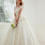 Bridal HIRO(ブライダル ヒロ):【HIRO】愛らしさと上品さに身を包まれた幸せオーラたっぷりの花嫁様に