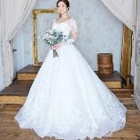 Bridal HIRO(ブライダル ヒロ):【HIRO】お袖は取り外し可能、レースが美しい2way人気ドレス
