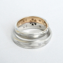 杢目金屋(もくめがねや):【杢目金屋】お二人を結ぶ永遠の赤い糸…永遠の愛を結ぶ結婚指輪。
