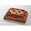 恵比寿 bERGAMO(ベルガモ):「ショコラスクエアタイプ」ちょっぴりビターな大人のチョコレートケーキ。お二人のお名前入りでお届けします。(サイズ、料金はお問い合わせください)