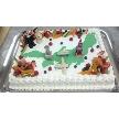 恵比寿 bERGAMO(ベルガモ):オリジナルデザインのケーキ。二人の思い出をウエディングケーキにしてみませんか!こちらのサイズで約60名様分のサイズ。デザインにより金額は異なりますので、詳しくはスタッフまで。