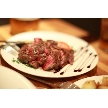 恵比寿 bERGAMO(ベルガモ):ジューシーな牛肉のステーキ。コース料理の一例です。