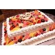 恵比寿 bERGAMO(ベルガモ):専属パティシエが作るケーキ!旬のフルーツをふんだんに使った人気のケーキです。こちらのケーキで約70名様分のサイズになります。また2次会などでご利用頂ける「プチギフト」もお作りしています。詳しくはスタッフまで!!