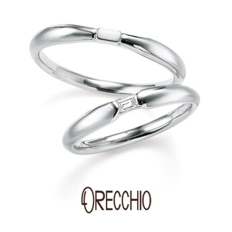 ORECCHIO(オレッキオ):<pipi> 中央の絞られところにバゲットダイヤがポイントになっている結婚指輪
