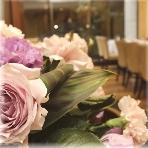 ガーデンキッチン&カフェ:パーティーに彩りを添える装花♪