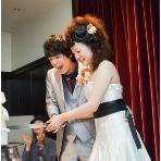 ButterflyCafe(バタフライカフェ):ケーキ入刀♪皆様に囲まれて幸せの瞬間♪