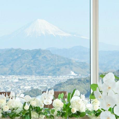 グランディエール ブケトーカイ:【富士山の日記念】富士山スイーツ×富士山眺望体験フェア♪