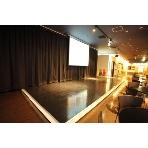 DIJest(ダイジェスト):縦4m×横8mの広い舞台で催し物などの演出も完璧です)^o^(