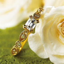 AOBA_【オレッキオ】吸い込まれそうな透明感のある輝きが魅力のエメラルドカットダイヤ