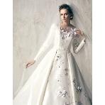ウエディングドレス:桂由美ブライダルハウス