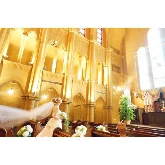 バードグリーンホテル レジーナ:【本格派必見】ヨーロッパスタイル大聖堂で感動の入場体験