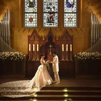 バードグリーンホテル レジーナ:【いにしえ受け継いだ聖なる光】ステンドグラス輝く大聖堂体験