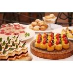 ラ・ボエム白金:パテシエが作る、色鮮やかな美味しいデザートビュッフェ。