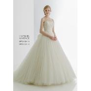 ドレス:SUGISHIN