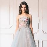 SUGISHIN:【ニュアンスカラーで魅せる】花嫁の美しさを引き立てるANNASUIカラードレス