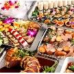 ウェディング&パーティ グレースバリ新宿店:ボリューム満点のビュッフェ料理。ご希望によりアレンジも可能です