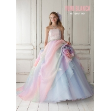 桂由美フランチャイズブライダルハウス茨城のドレス情報