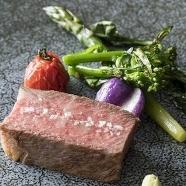 ザ・リッツ・カールトン大阪:《GWフェア》一流サービス×美食 -英国邸宅の上質WEDDING-