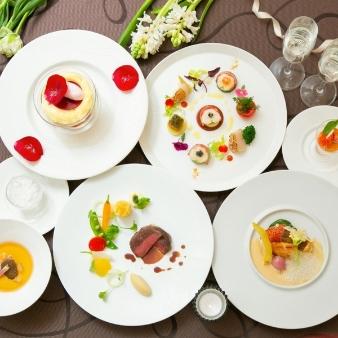 横浜ベイシェラトン ホテル&タワーズ:月1限定☆料理長お薦めコース料理試食×ドレス体験BIGフェア