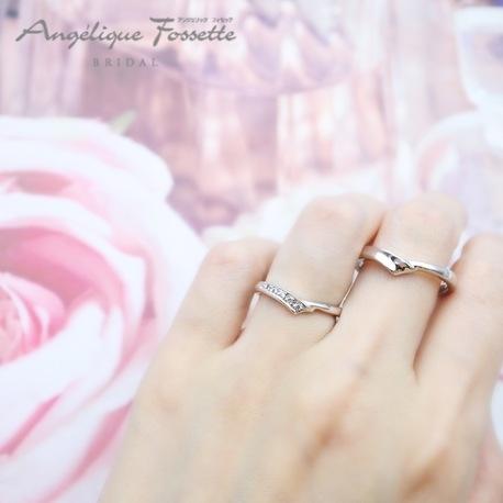 アンジェリック フォセッテ ブライダル:着けてみると意外と良い!との声多数人気デザイン♪グラデーションのダイヤが綺麗♪