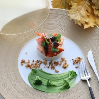 ザ・グリーンカーメル(The Green Carmel):\2万円相当/【和牛×オマール】試食×挙式料無料など豪華特典