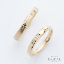 SunDance_【オーダーメイド結婚指輪】美しいラインとカラーが魅力
