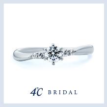 4℃ BRIDAL:【4℃ブライダル】純粋な心を重ねた、優美な魅力|Natural Grace