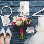 ARARS(アラース)●株式会社プチトリアノン:かわいい大人花嫁のシンデレラウェディング*+馬車の招待状・席次表・席札