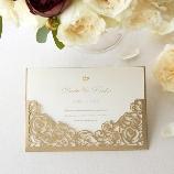 PIARY(ピアリー):【ピアリー】繊細なレーザーカットのバラがエレガント リュミエローズ招待状