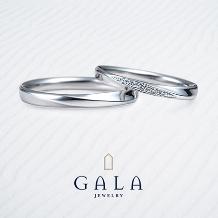 GALA JEWELRY_【GALA】当店人気No.1!メレダイヤとクロスラインが調和するマリッジリング☆