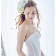 ドレス:姿勢美容ブライダルインナー ザ・ディ本店