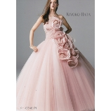 M style wedding:大人花嫁にオススメ!上質なドレスはピンクでも大人で綺麗な印象を与えます!