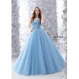 M style wedding:人気NO.1ブルーの鮮やかな色がとても素敵です!憧れのプリンセスドレス!