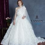 WEDDING BELL(ウェディングベル):【LANVIN en Bleu(ランバンオンブルー)】個性派プリンセスライン!
