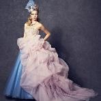 WEDDING BELL(ウェディングベル):【GRACE CONTINENTAL】オシャレ花嫁必見!大胆なバイカラー配色。