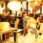 "DINING MUSEUM virdweac:ふたりとゲストから自然と笑みがこぼれる、""ナチュラル空間""【 ウエディング二次会なら栄駅、バードウィークで!】【最低保証料金】土曜日・祝前日¥180,000/日曜日・祝日¥135,000"