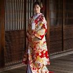 和装、白無垢、色打掛、黒引:TAKAMI BRIDAL FUKUOKA
