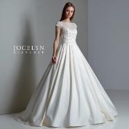 ドレス:Dress Closet (ドレスクローゼット)