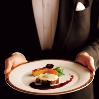 京都ホテルオークラ:【週末スペシャル】最上階レストランで優雅に味わう試食会