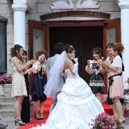 ベルファイン:スタッフと相談しながら試着♪♪憧れ花嫁体験フェア