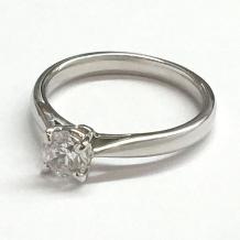 WATANABE/卸商社直営 渡辺:[0.203ct]シンプルでもダイヤの魅力を最大限に引き出す最強エンゲージ