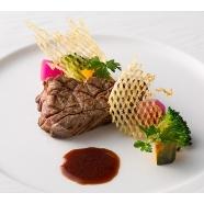 リーガロイヤルホテル広島:=1万相当フレンチ=黒毛和牛×ホテル最上階絶景フェア