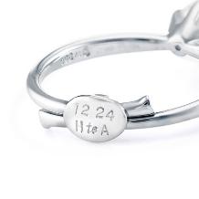 銀座ダイヤモンドシライシ:サイズ調整可能、プロポーズ専用リング【スマイルプロポーズリング】